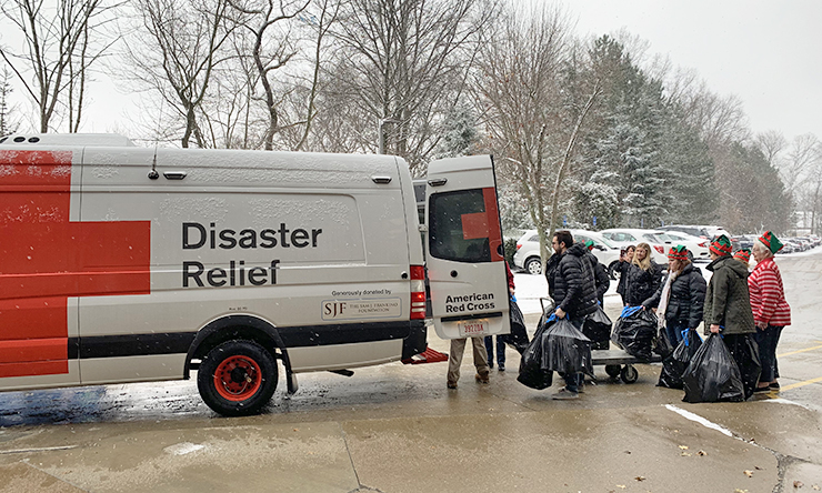 TA employees and American Red Cross volunteers.